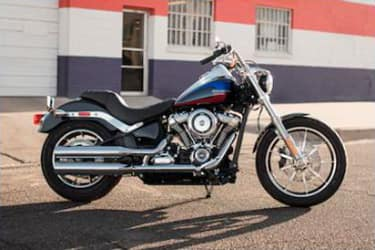 https://di-uploads-development.dealerinspire.com/dibrandhubharleydavidson/uploads/2019/08/SoftailLowRider05.jpg