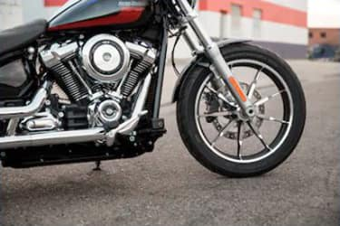 https://di-uploads-development.dealerinspire.com/dibrandhubharleydavidson/uploads/2019/08/SoftailLowRider06.jpg