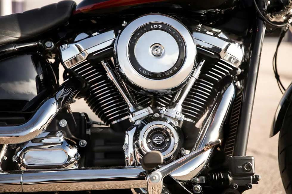 https://di-uploads-development.dealerinspire.com/dibrandhubharleydavidson/uploads/2019/08/SoftailLowRiderGallery06.jpg