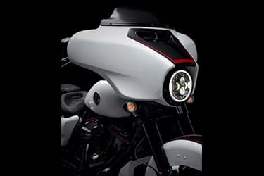 https://di-uploads-development.dealerinspire.com/dibrandhubharleydavidson/uploads/2021/01/2021-CVOStreetGlide-Features-05.jpg
