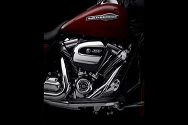 https://di-uploads-development.dealerinspire.com/dibrandhubharleydavidson/uploads/2021/01/2021-StreetGlide-Features-01.jpg