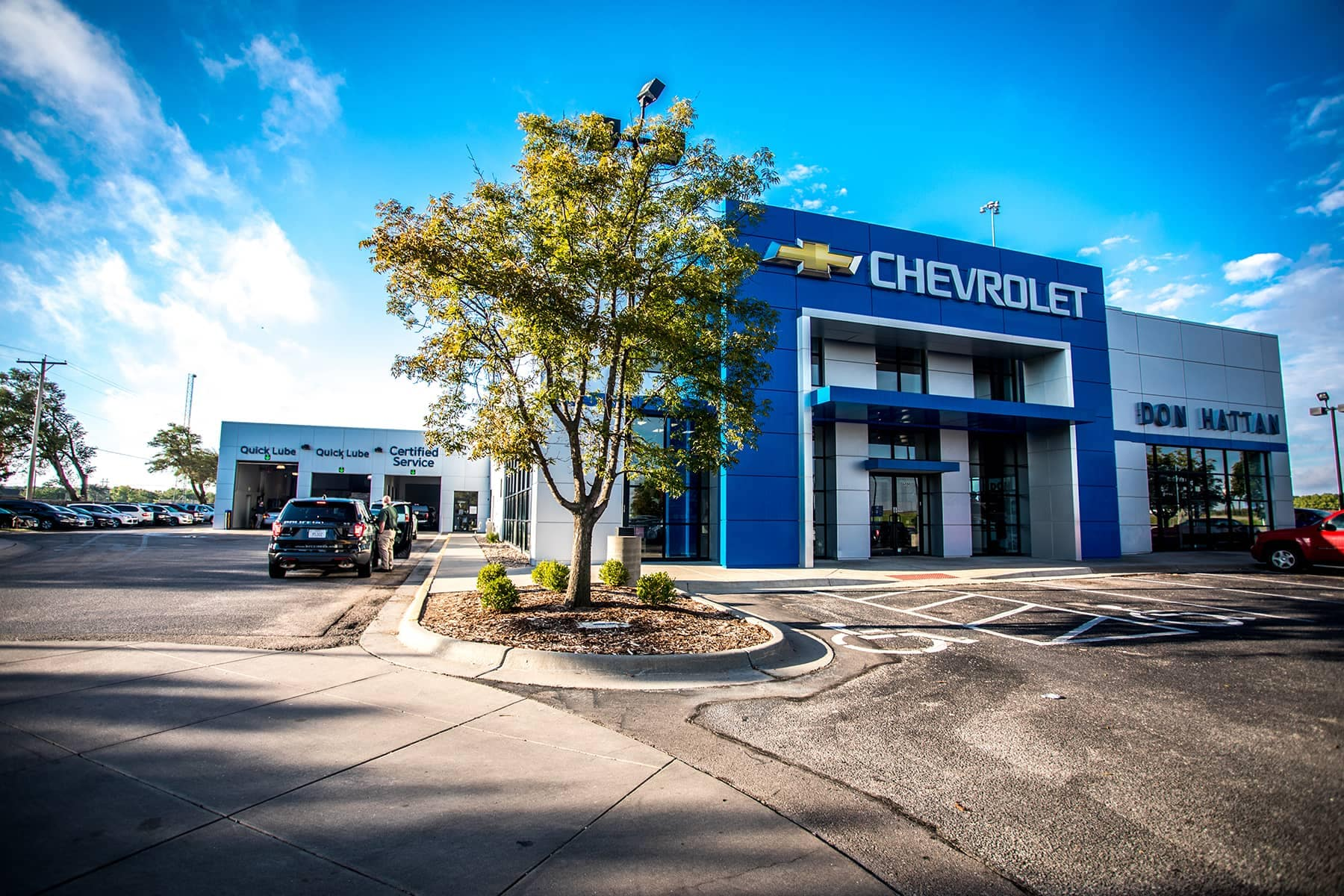 Chevrolet service image