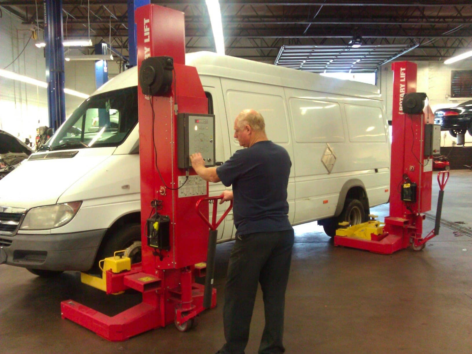 Trained Sprinter and Commercial Vehicle Technicians
