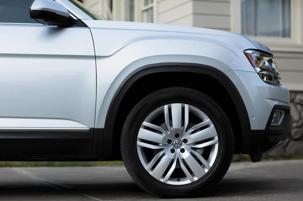 2019 VW Atlas Tire Size