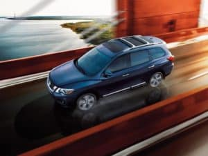 Nissan Pathfinder vs Toyota Highlander