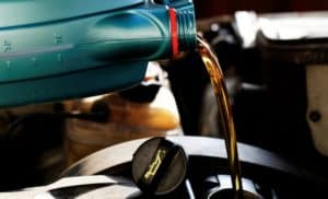 Synthetic vs Conventional Oil schedule a service