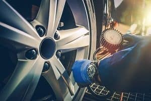 filling air tire