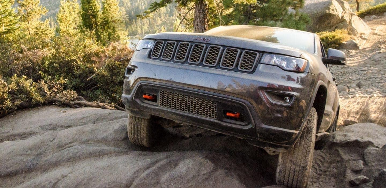 2018-Jeep-Grand-Cherokee-Gallery-Capability-Trailhawk-Selec-Terrain.jpg.image.1440
