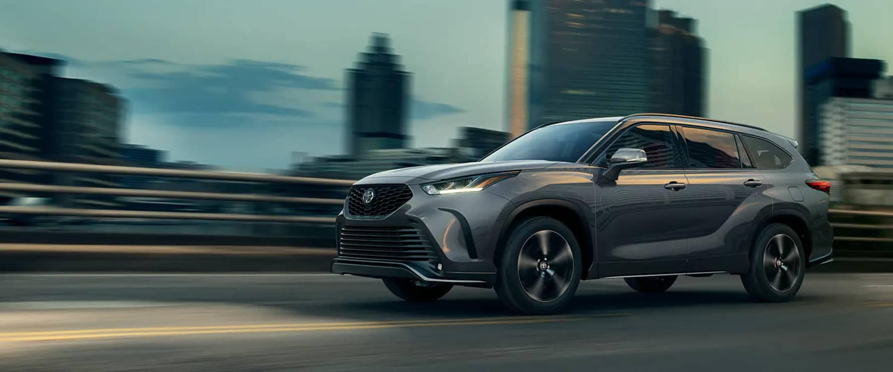 2021 Toyota Highlander driving in city