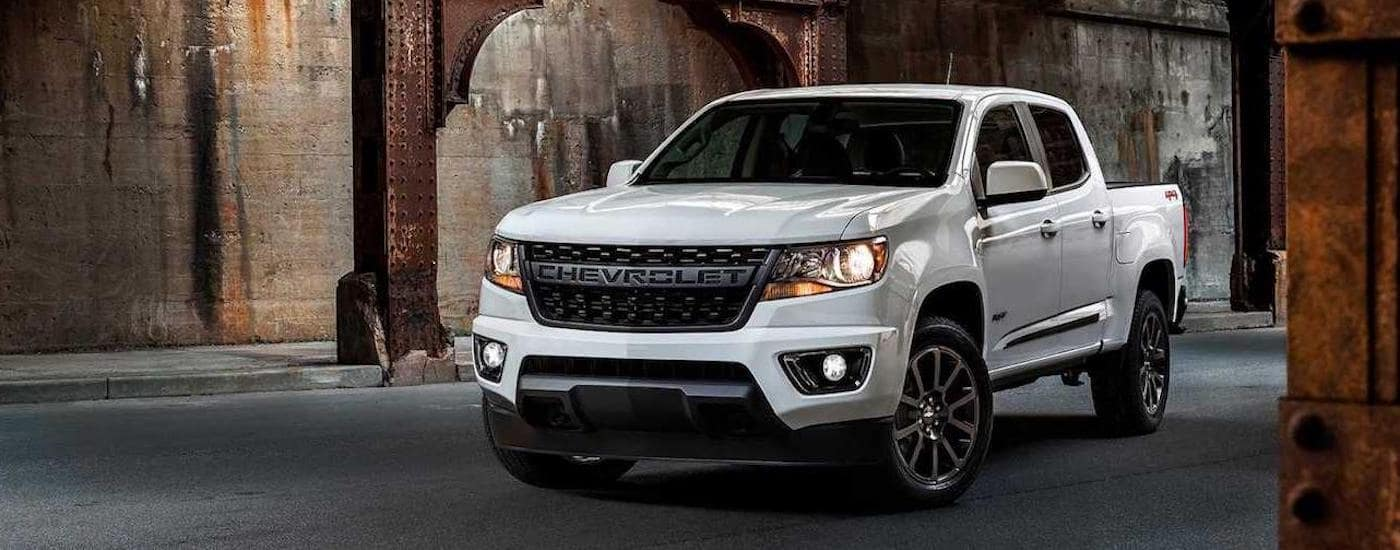 A white 2019 Chevy Colorado, one of the many Chevy lease deals at a local Texas Chevy dealer.