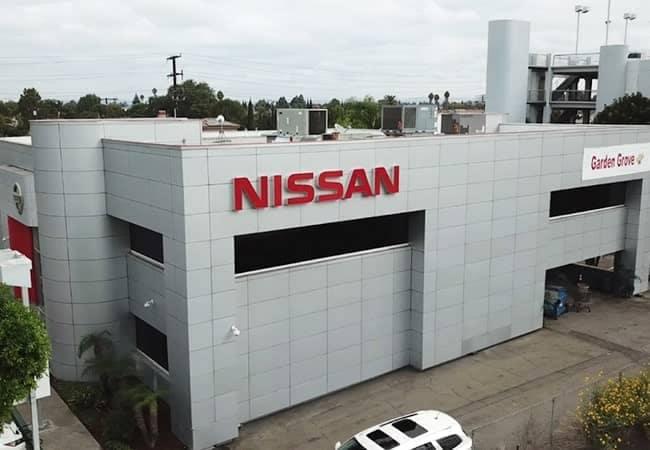Garden-Grove-Nissan-DEC2019-amenities-2-min