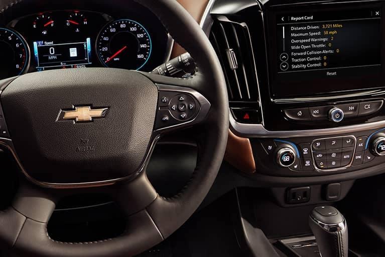 2020 Chevrolet Traverse Interior Dashboard_mobile