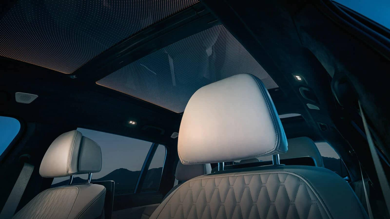 BMW X7 sunroof