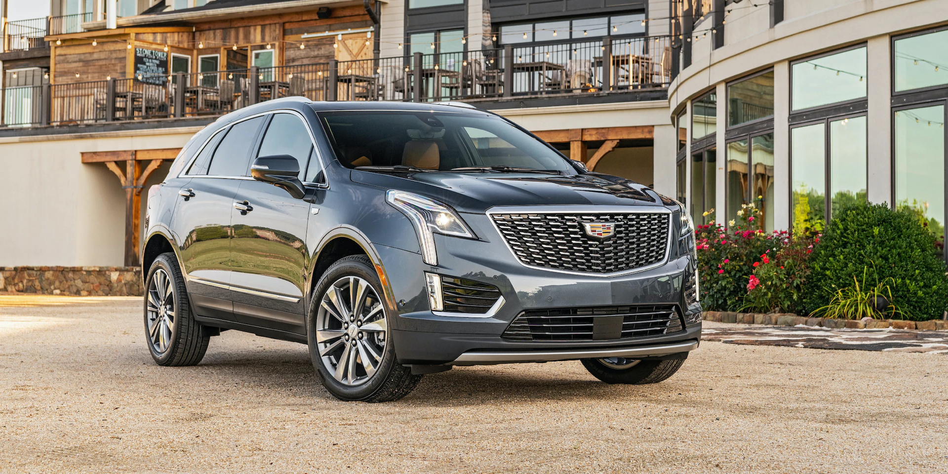 2020 Cadillac XT5 parked on gravel driveway