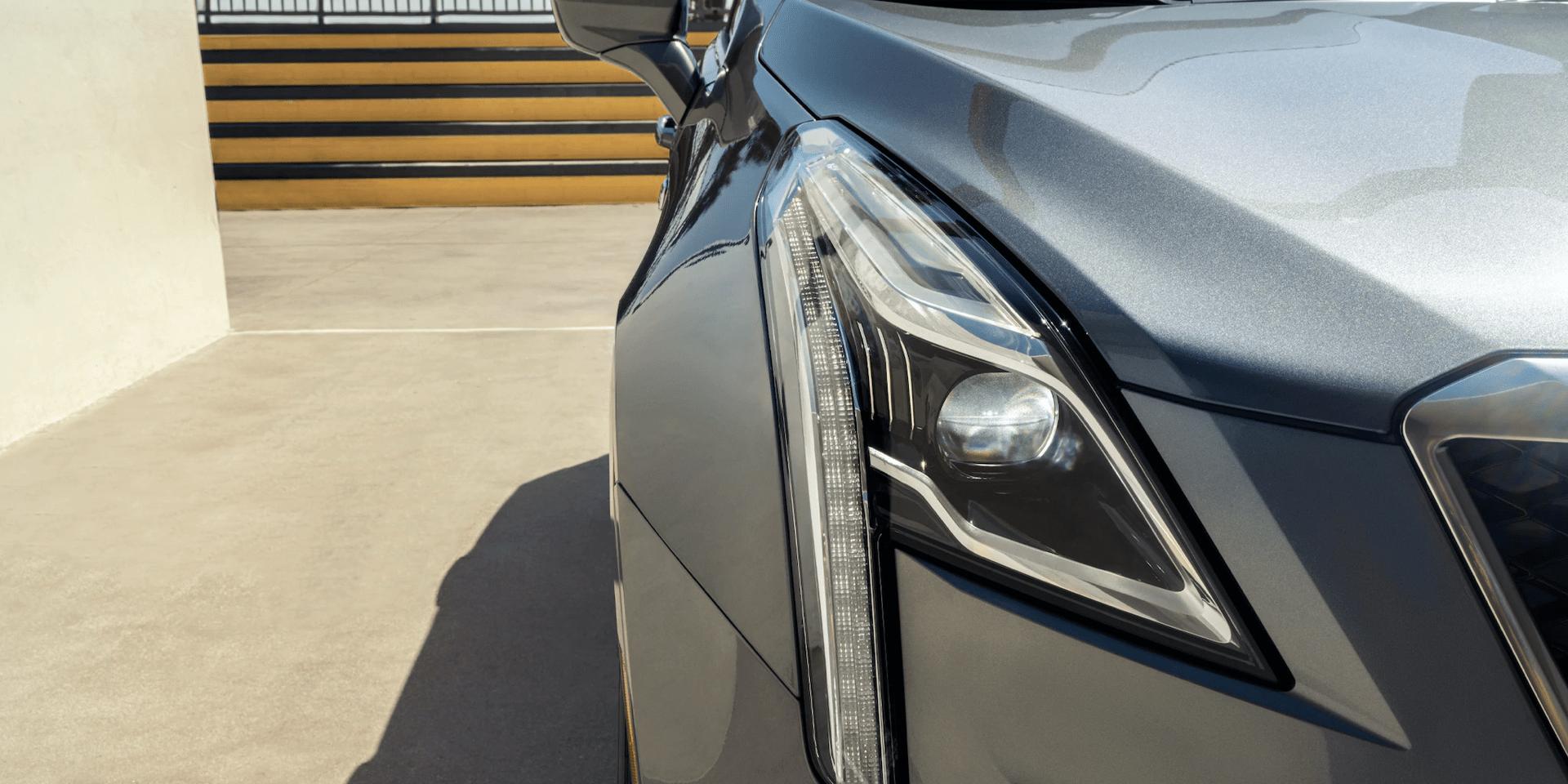 Cadillac XT5 front headlight