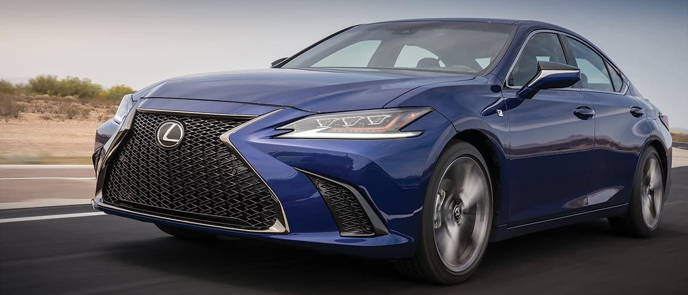 2019 lexus es in blue