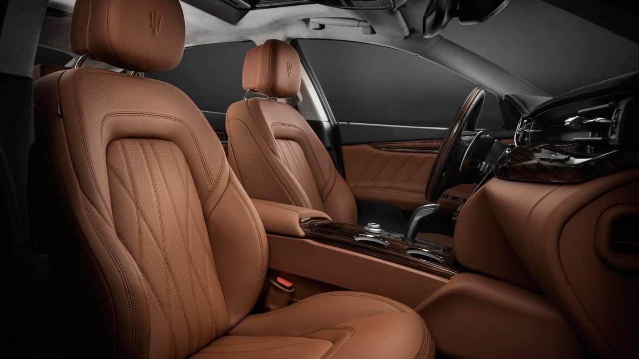 Quattroporte GranLusso Front Interior