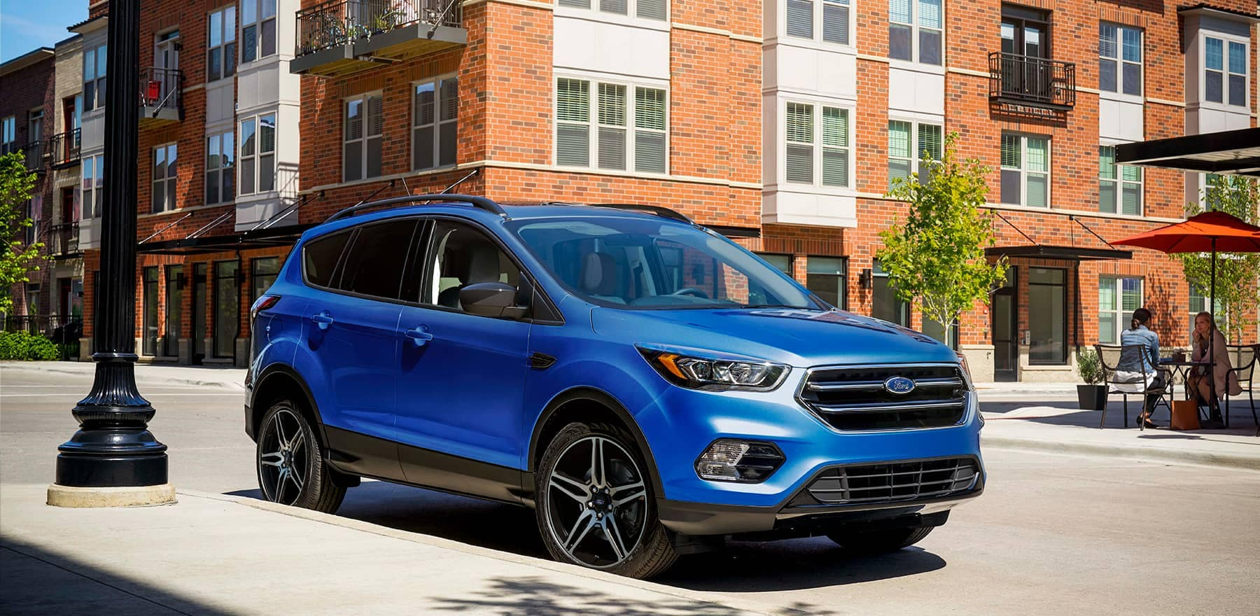 Ford-Escape-Blue-on-the-street