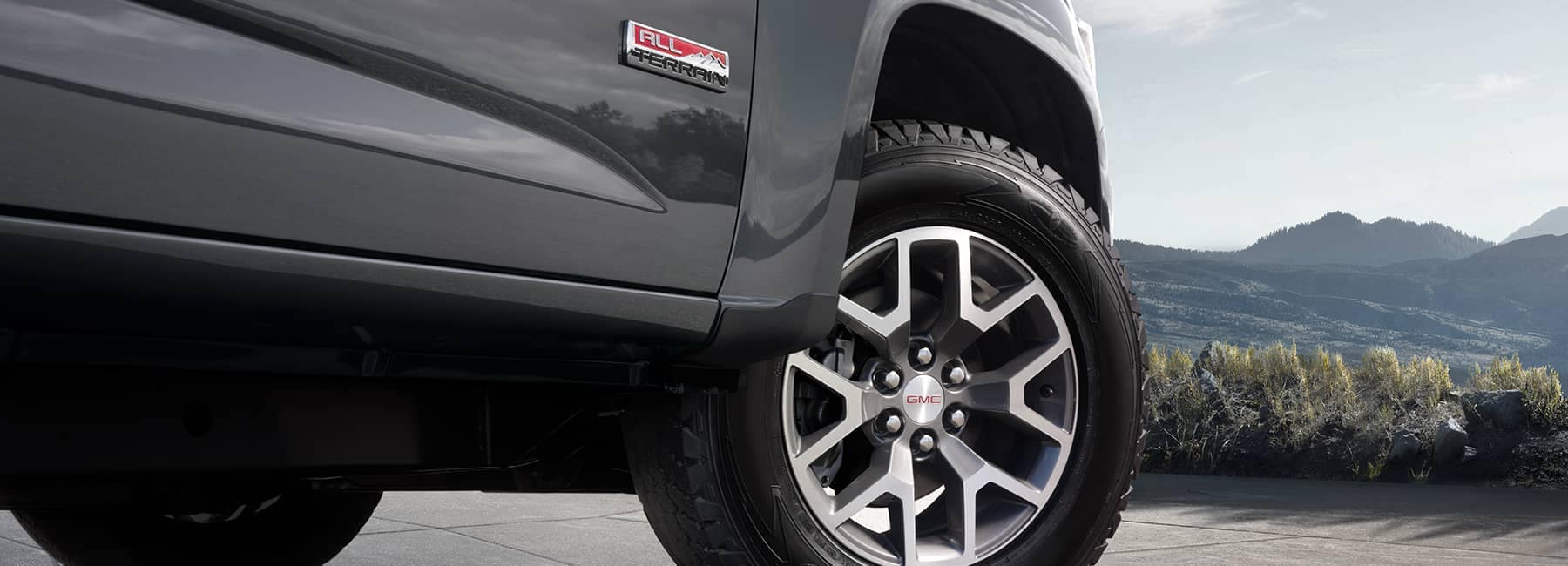 Grey 2020 GMC Canyon Front Right Tire