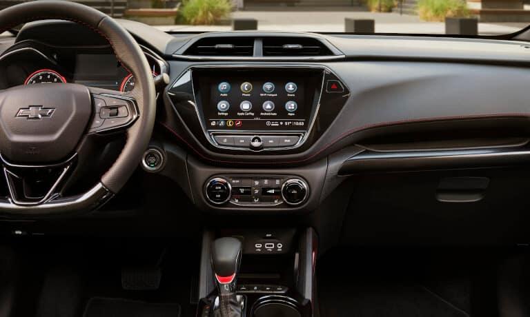 2021 Chevy Trailblazer interior infotainment view