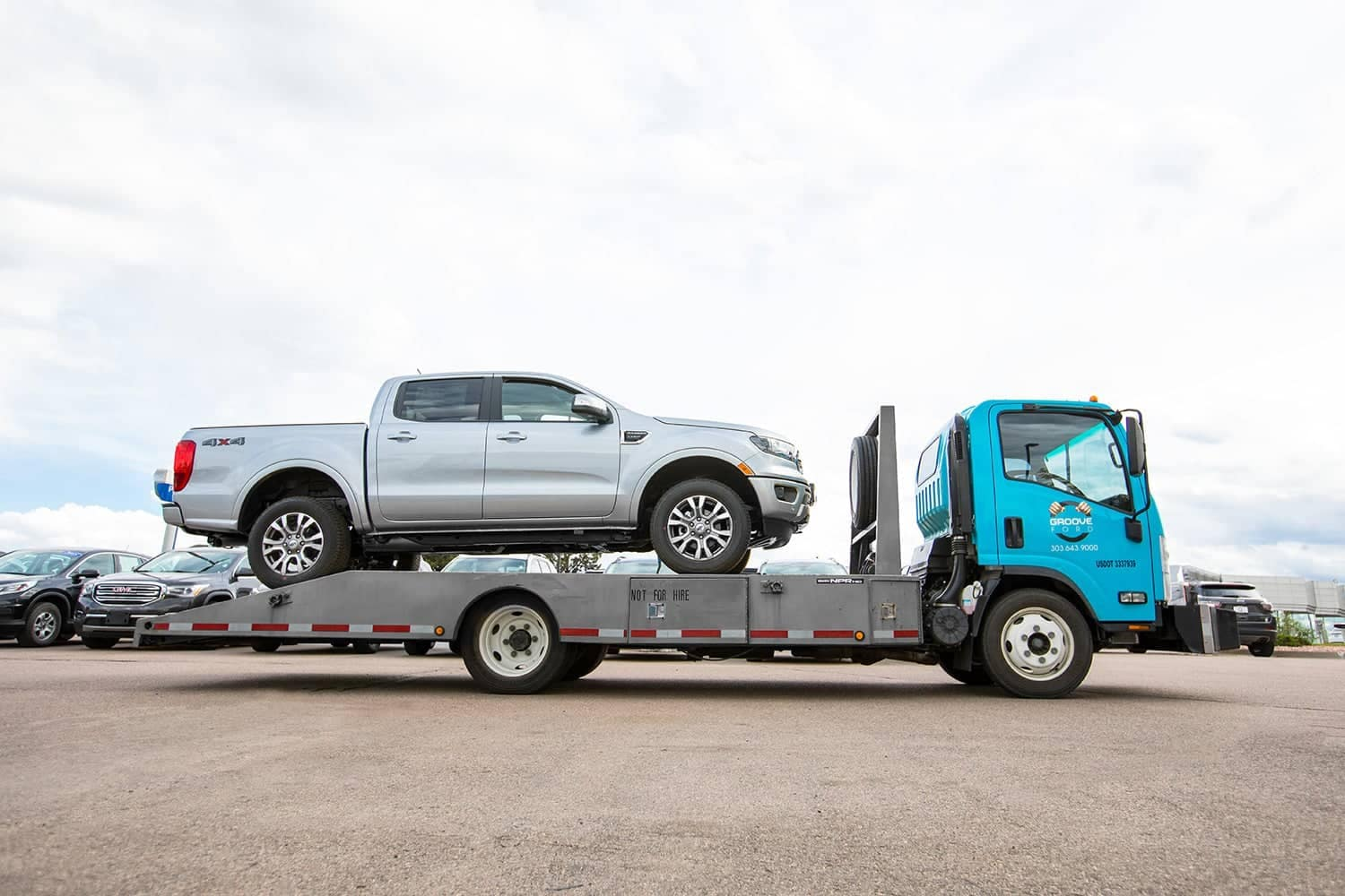 Groove Ford Tow Truck
