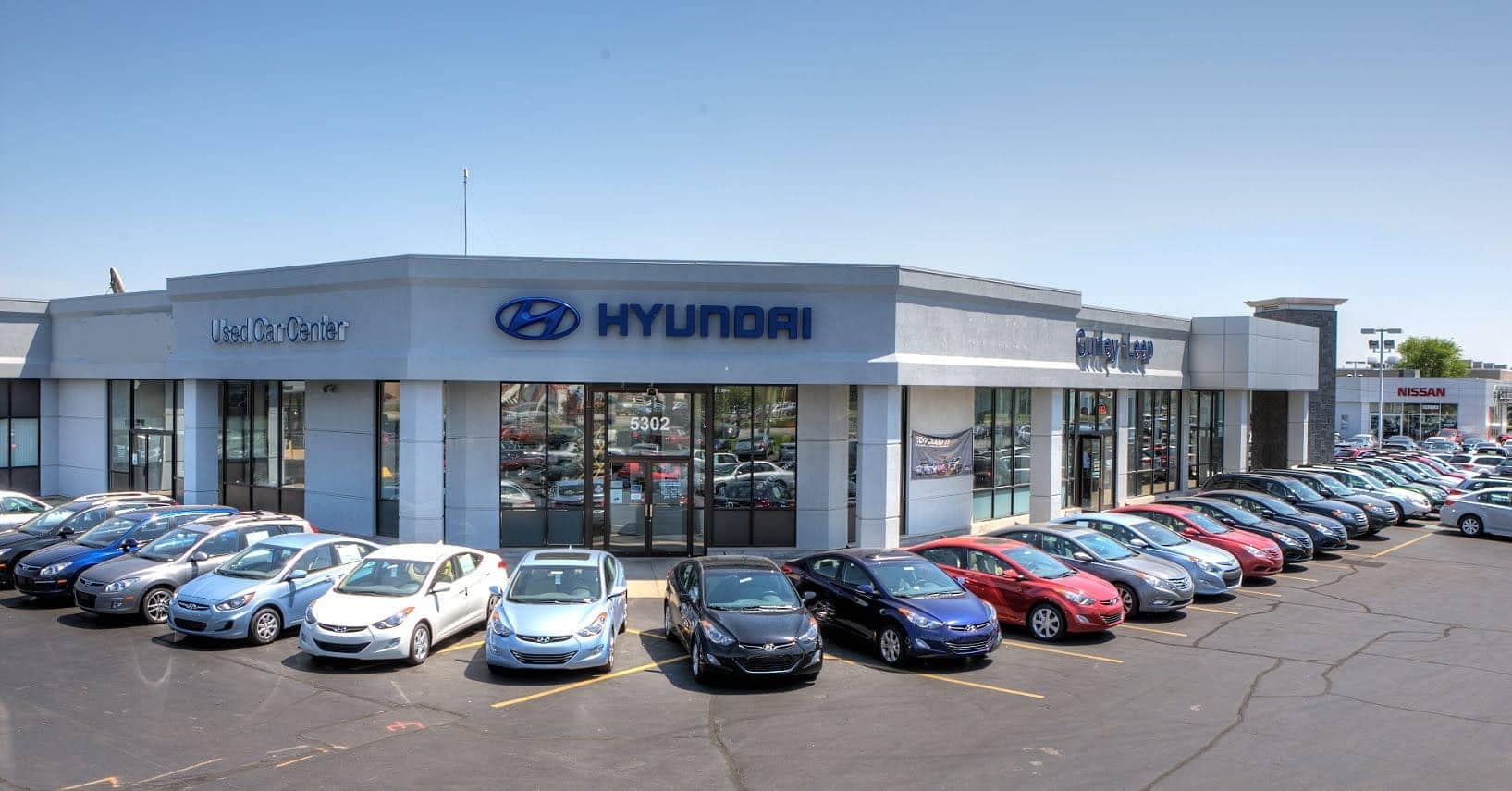 picture of the outside of the dealership