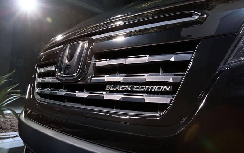 2019 Honda Ridgeline Black Edition Close up Front Grille