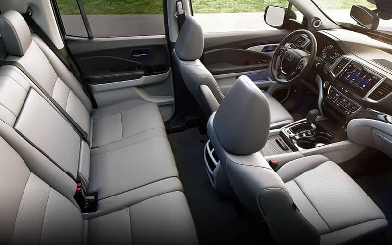 2019 Honda Ridgeline Interior Seating and Auto Climate Control