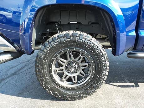 Hanover offroad images - hanover-offroad-extra-3 - blue truck wheel