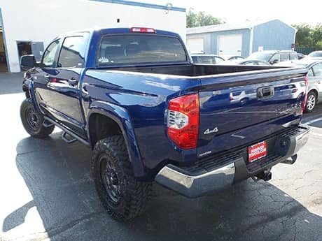 Hanover offroad images - hanover-offroad-extra-4 - blue truck rear tailgate