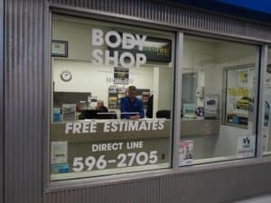 h-h-body-shop-glass-repair