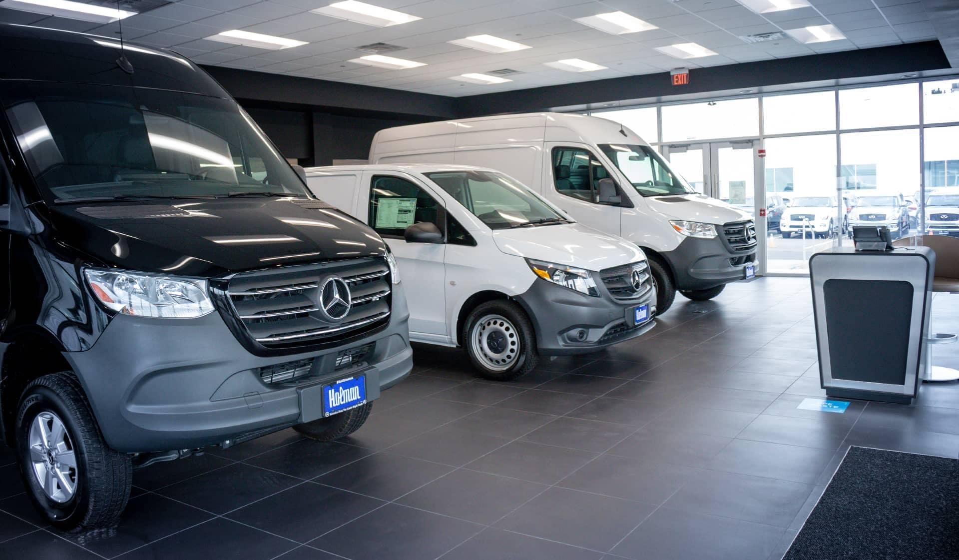 Mercedes Van center Showroom IMG_0600