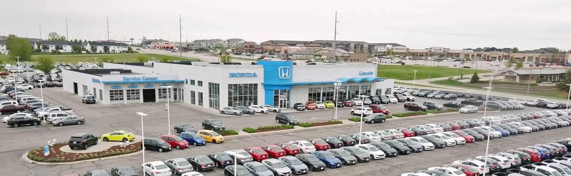 Honda of Lincoln Dealership Exterior photo