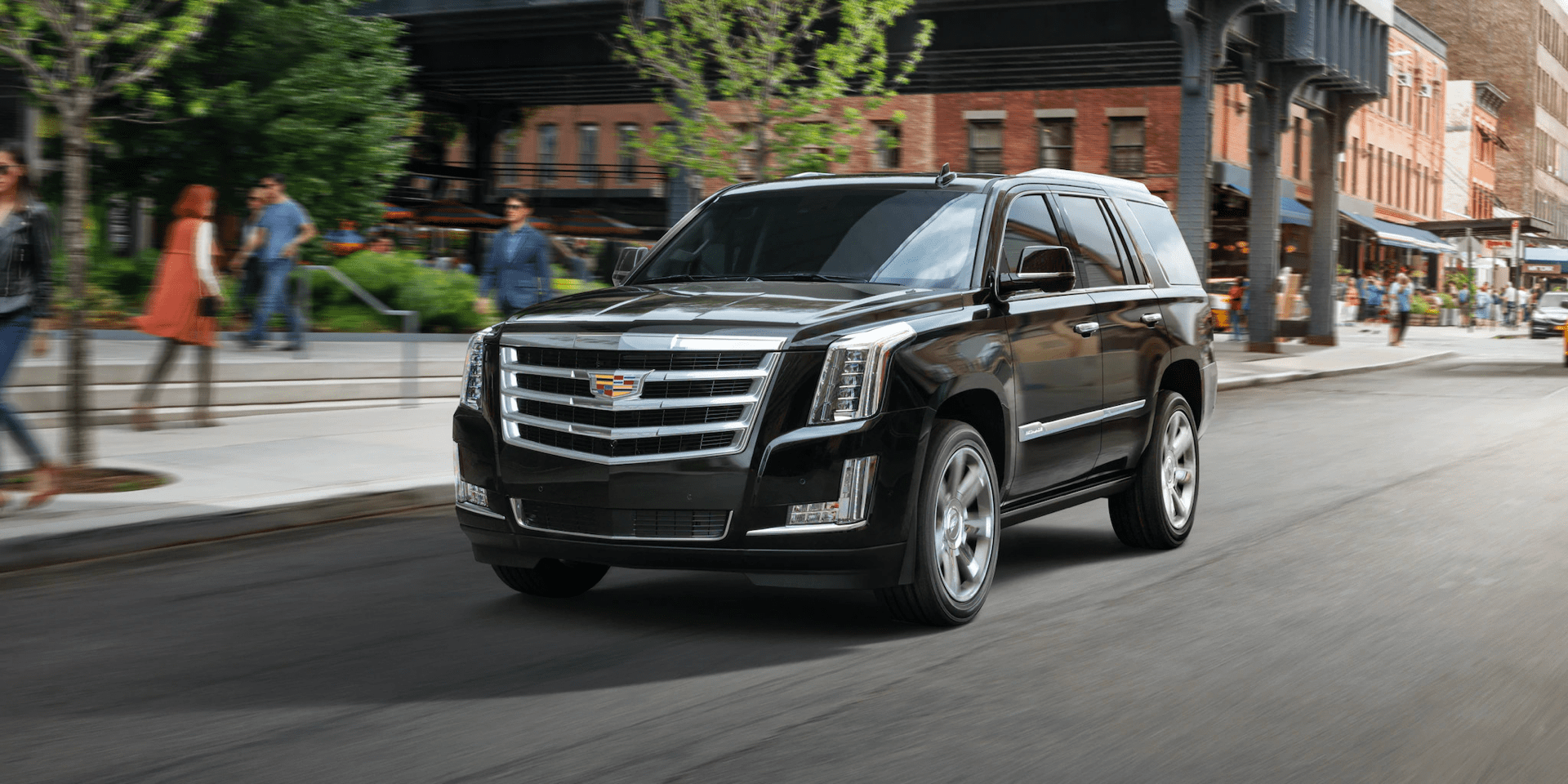 Escalade speeds along city street