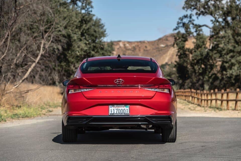 2021 Elantra rear view