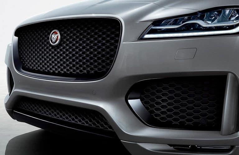 2020-Jaguar-F-Pace-B-1_o