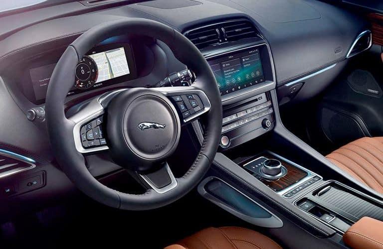 2020-Jaguar-F-Pace-B-4_o