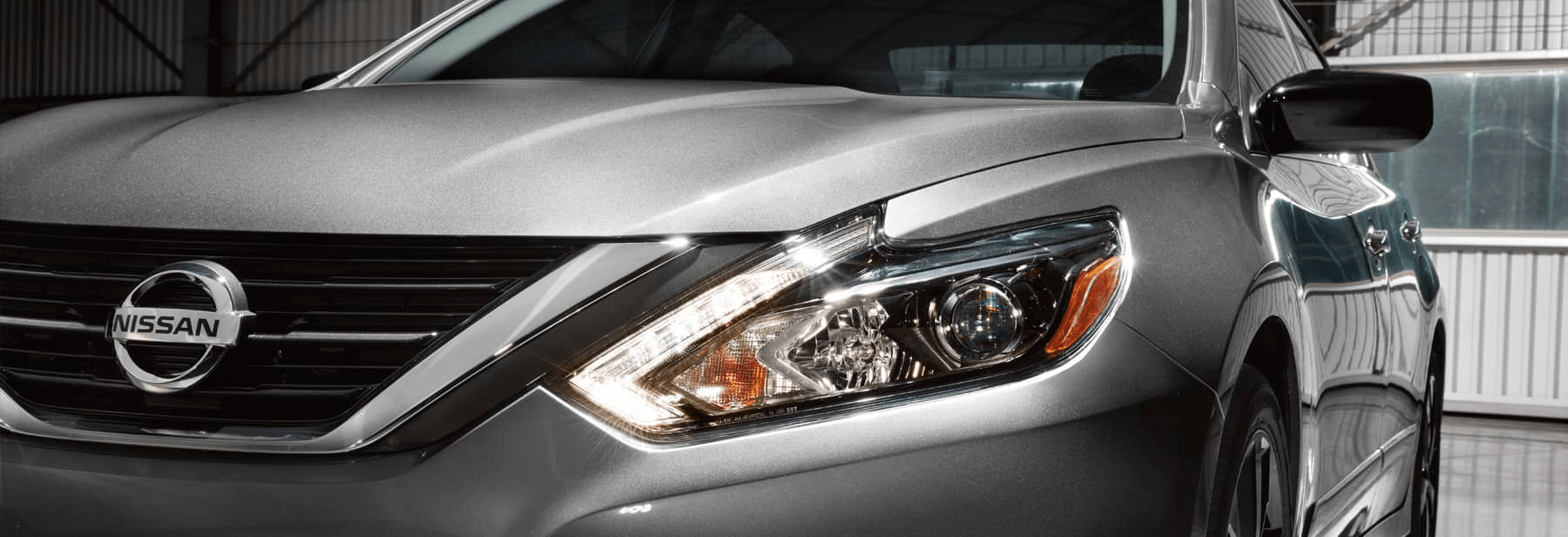 2017 Nissan Headlights