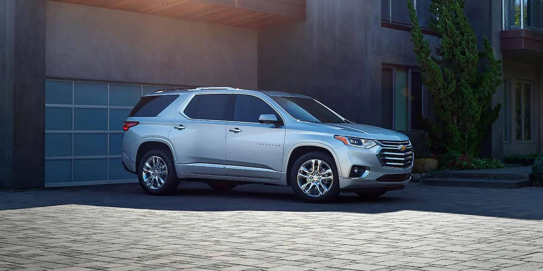2019 Chevrolet Traverse sideview