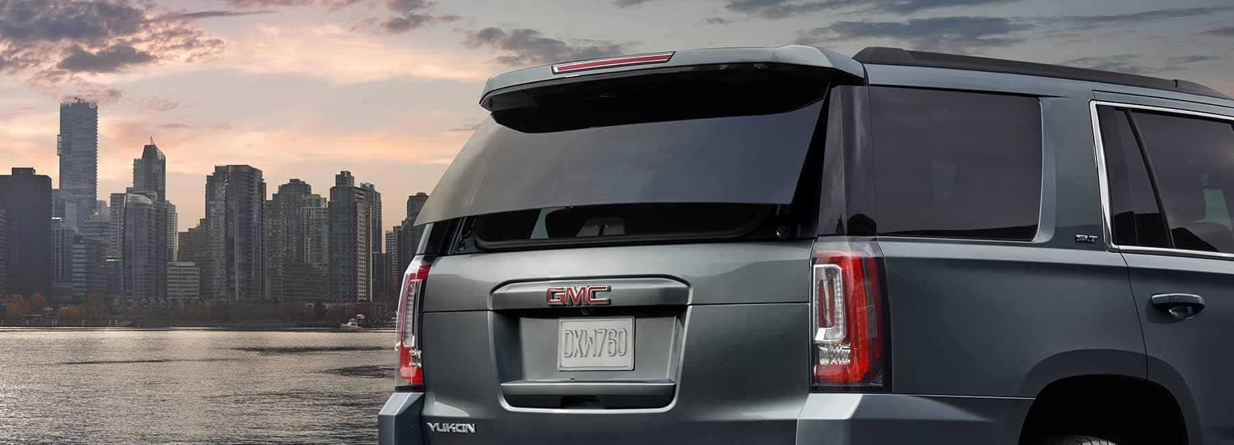 Smokey Blue 2020 GMC Yukon Rear