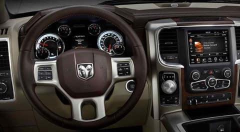 2014 Dodge Ram 1500 dash