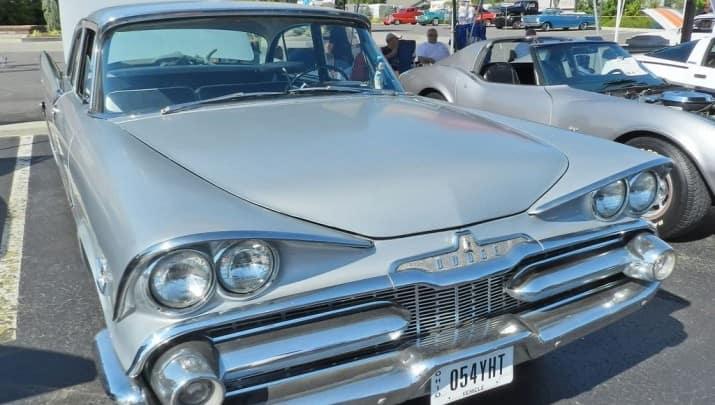 1959 Dodge_Silver Challenger