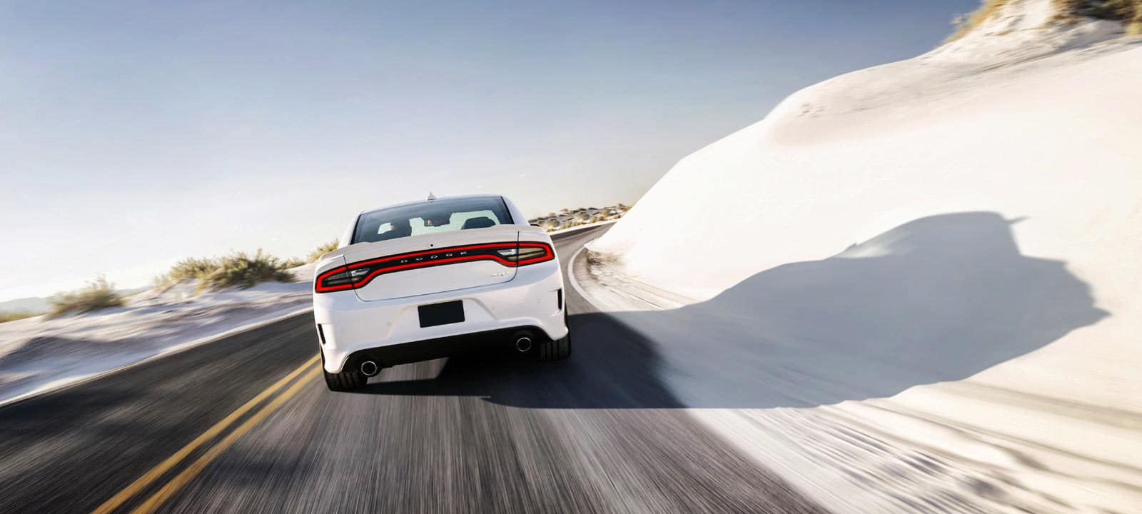 2015_Dodge_Charger_SRT_Hellcat_21