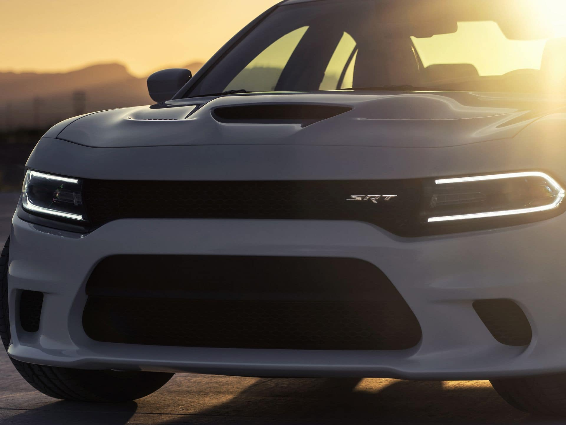 2015_Dodge_Charger_SRT_Hellcat_7