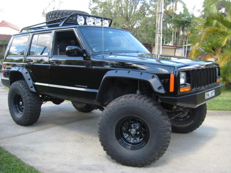 XJ Cherokee Hunter - Jeep Miami
