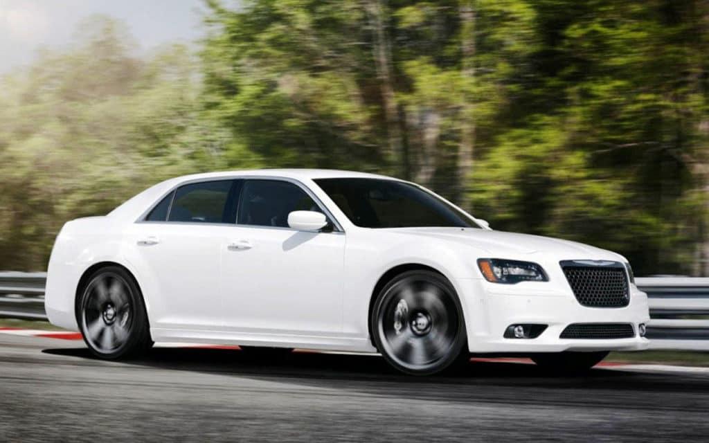 2015_chrysler_300-Chrysler-Dealership