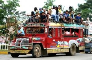 Jeepney_overloaded