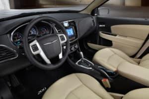 2013-chrysler-200-interior