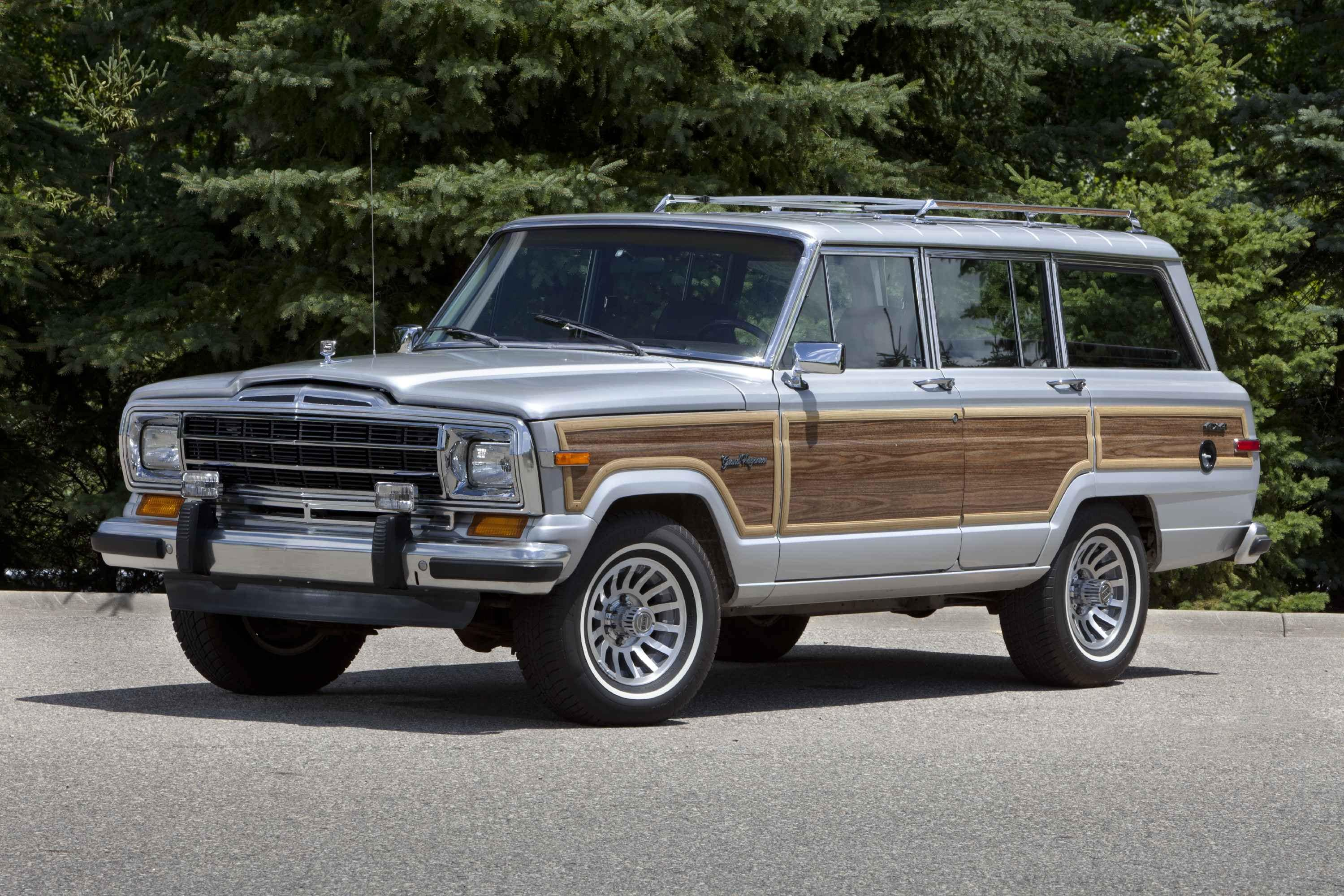 Jeep to Preview New Wagoneer This Summer