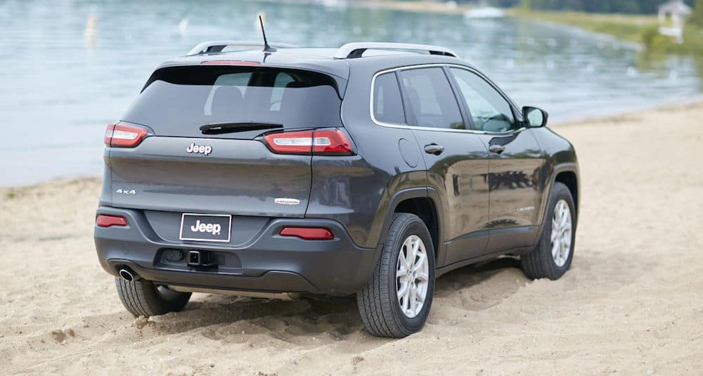 2016-jeep-cherokee-gallery-4
